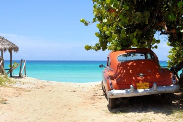 cuba beach classic car