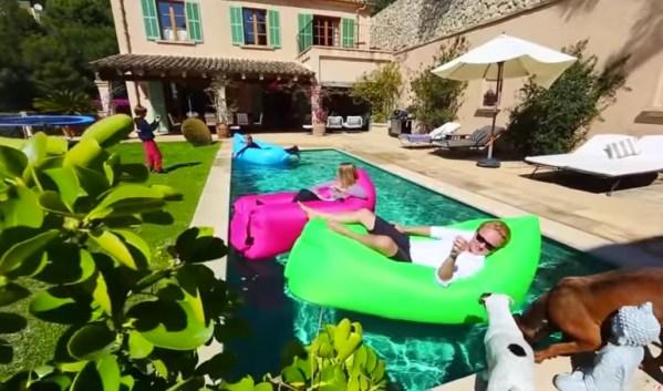 ilounge waterproof lounger