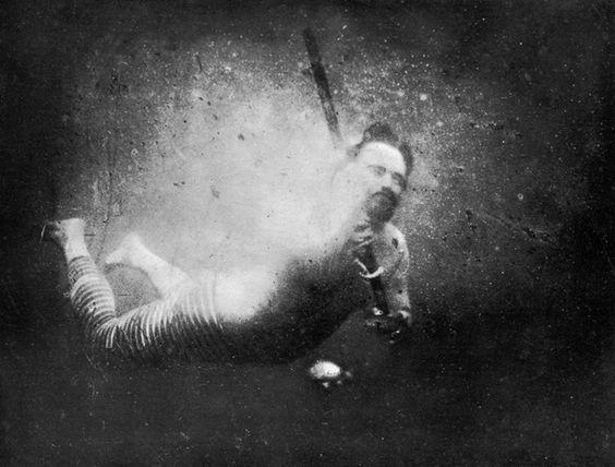 worlds-first-underwater-photograph