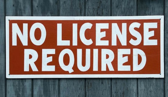 metal detector license required?