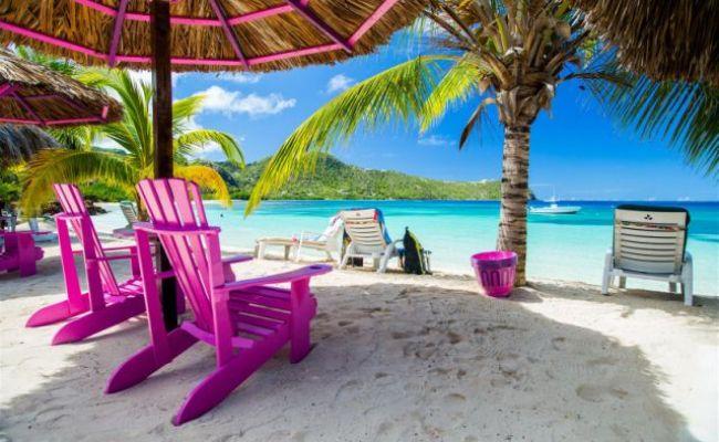 Union Island S Sparrow S Beach Club Gets Its Beach Bar