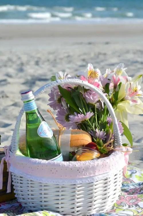 19 Fabulous Beach Picnic Ideas  Beach Bliss Living