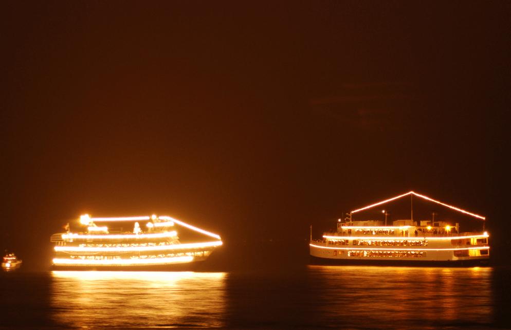2013 11 10_1635 - Argosy Christmas Ships 2014