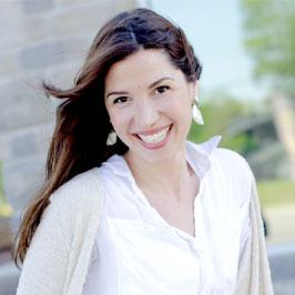 Alena McLaren-Caux | Psychotherapy (Master of Social Work) Intern