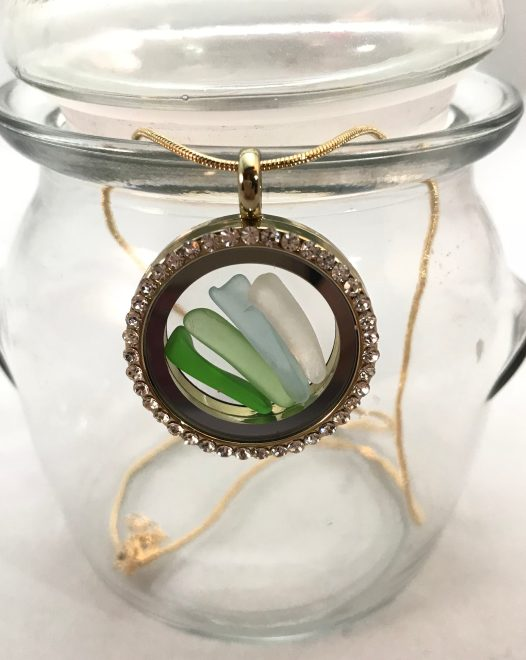 Magnetic Locket With Ombre Colors - SOLD