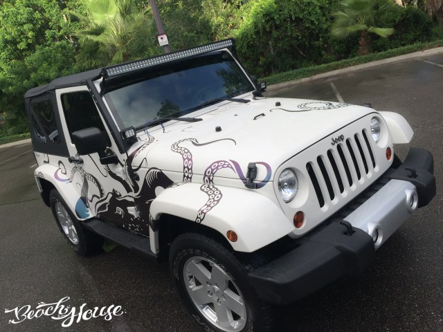 Color_Change_Vinyl_Octopus_Jeep_Graphics_Decal_Port_Orange