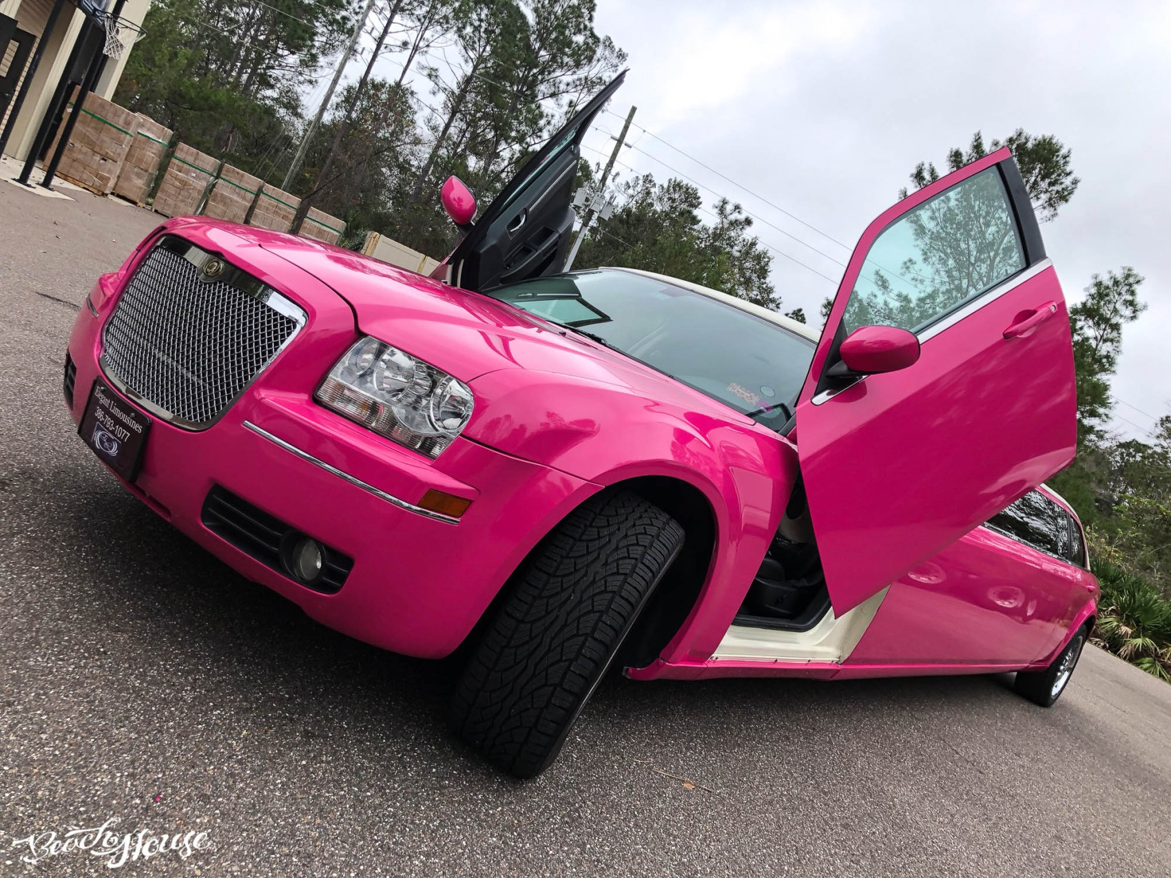 Limo Wrap - Color Change to Pink