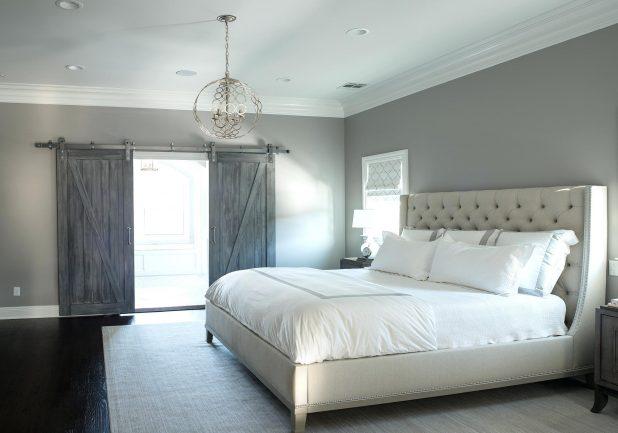 Etonnant Here Is Stonington Gray In A Bedroom With Darker Gray Barn Doors.