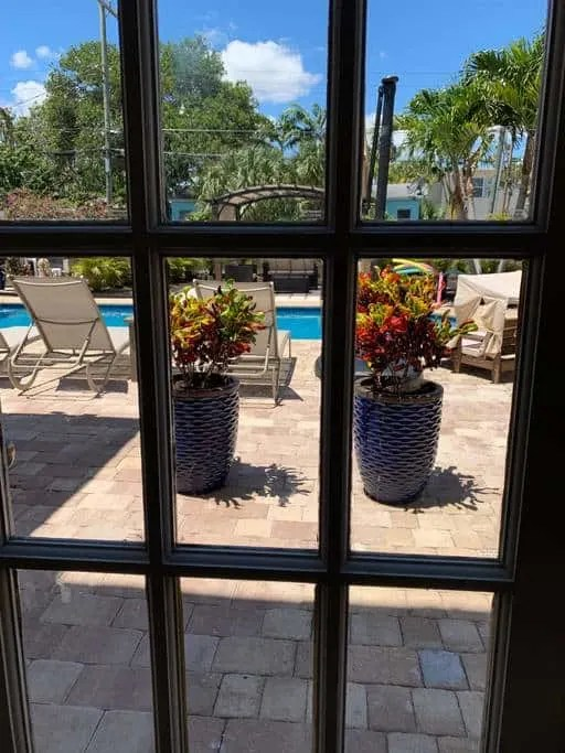 Air Bnb Vacation Rental Lake Worth Beach Florida - The Banana Inn