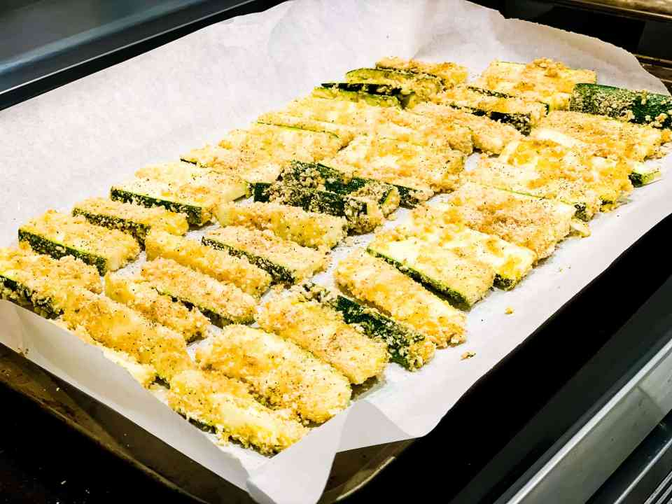 Zucchini fries in the oven