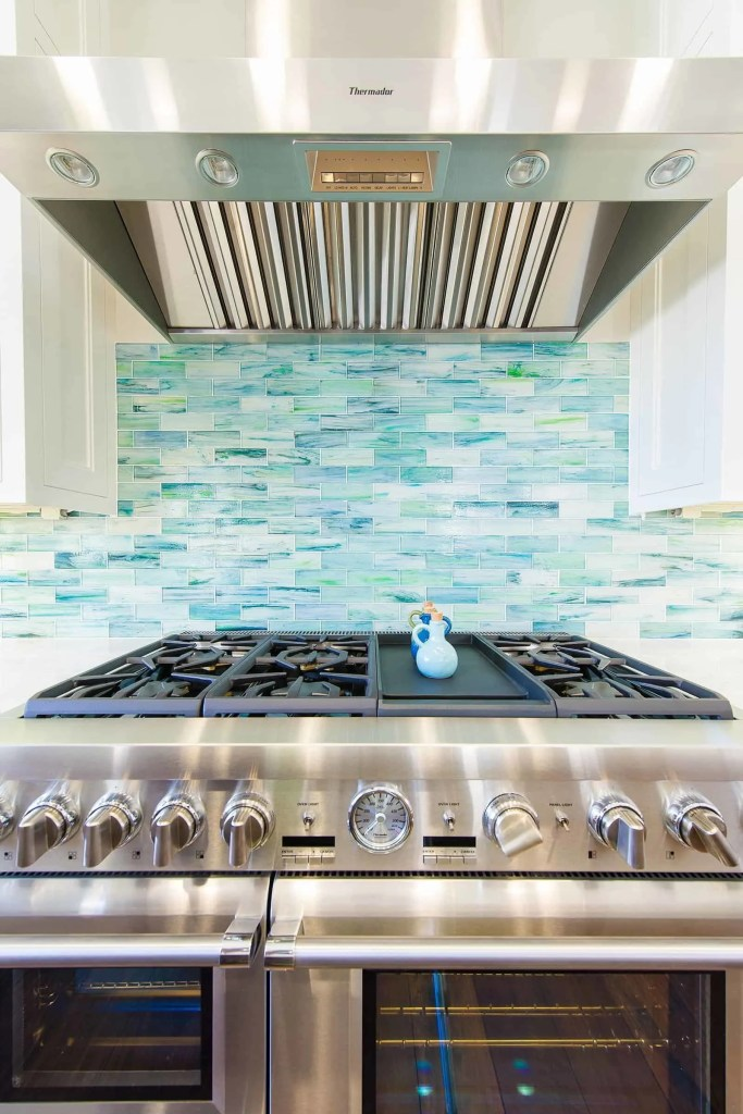 Blue Coastal Dream | Beach House Decor Ideas | Kitchen Blue tile backslash