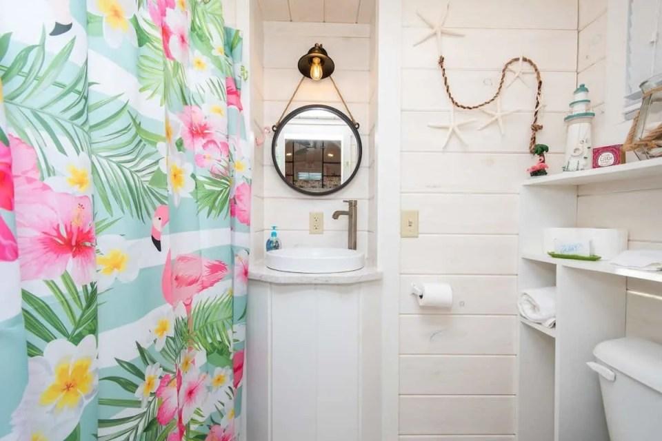 Flamingo Tiny House in Florida - Flamingo Bathroom