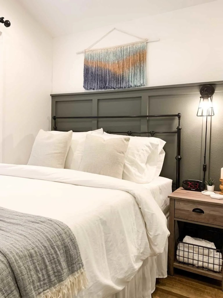 Modern Rustic Tiny House Bedroom