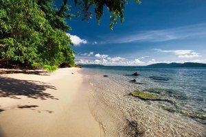 Koh Krabey Island beach