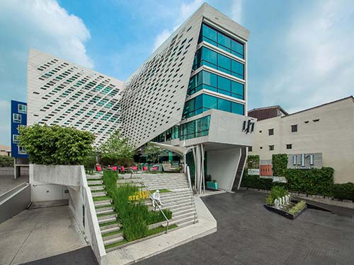 LiT Bangkok Hotel exterior at Siam Square