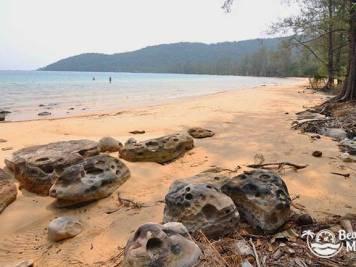 Beach near MPai Bai Village, Koh Rong Samloem, Cambodia. © Beachmeter.com