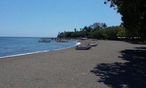 Lovina Bali dark sand beach