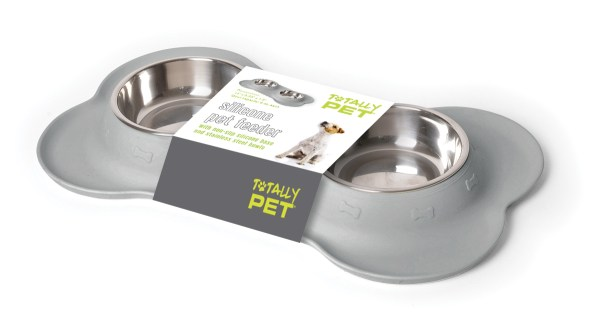 Totally Pet Feeder Packaging