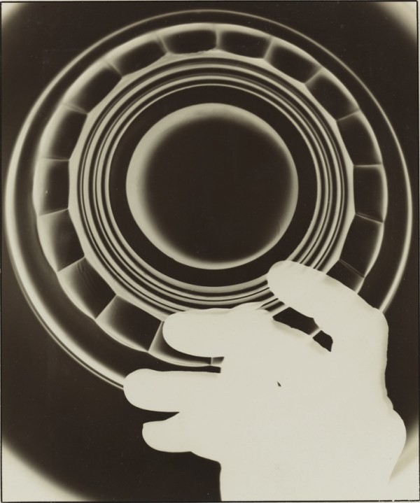 august-sander-photogram-glass-manufacturer