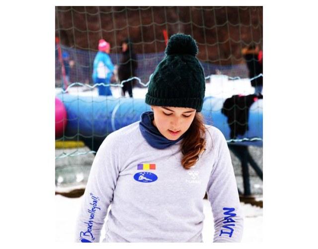 snow volleyball 10