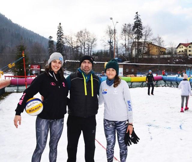 snow volleyball 14