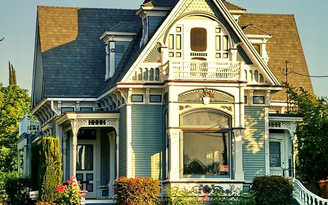 6 Biggest Challenges of Owning an Old Home