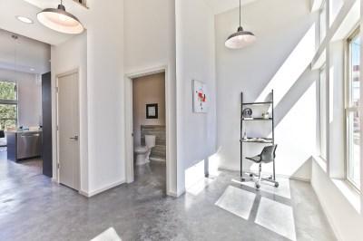 1520 living room corner