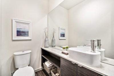 15425 Bathroom 3