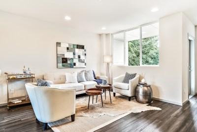 15425 Living Room Windows