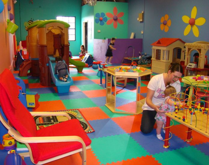 Play place for toddlers opens in Orange City