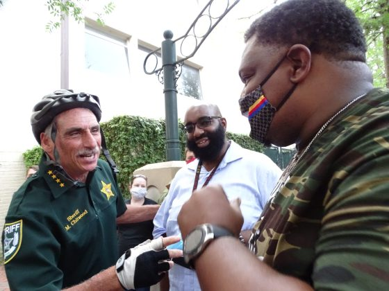 <p><p>Volusia County Sheriff Mike Chitwood talks with Pastor's Eugene Collier and Demetris Pressley at a protest in DeLand June 2.</p></p><p></p>