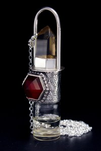 Catrine crystal and faceted garnet dot design rollerball necklace