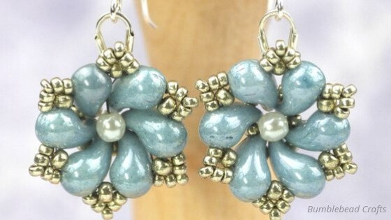 51 Beautiful ZoliDuo Bead Patterns You Need To Try - Daisy Drop Earrings by Bumblebead Crafts
