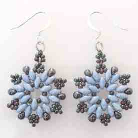 How To Make Beaded Christmas Earrings – Easy Snowflake Pattern
