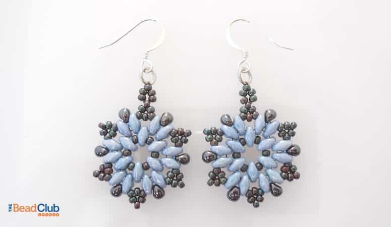 How To Make Beaded Christmas Earrings – Easy Snowflake Pattern