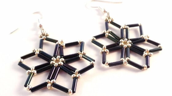 The Starry Nights Earrings tutorial is one of the beading patterns for Christmas from The Bead Club Lounge.