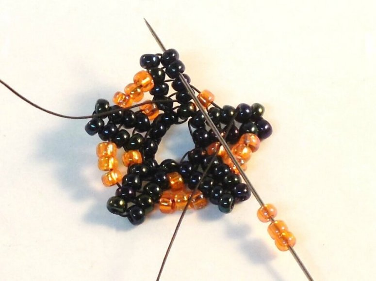 Dark Bloom Earrings Pattern - Step 14