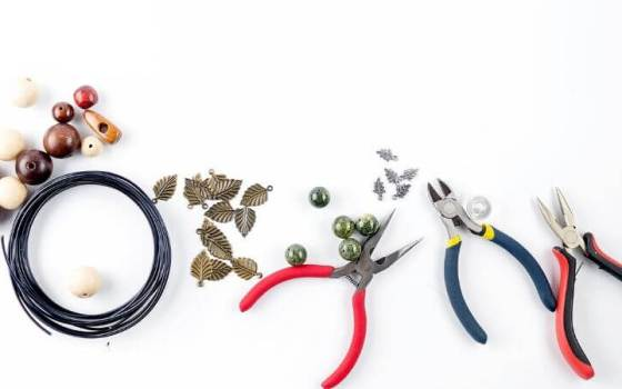 The Most Popular Jewelry Pliers You Need And Their Uses