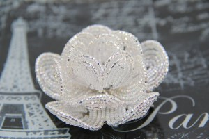 French beaded flower on The Client List, Jennifer Love Hewitt