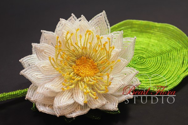 French beaded waterlily/lotus pattern/tutorial