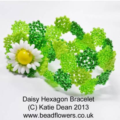 Daisy Hexagon Bracelet Pattern