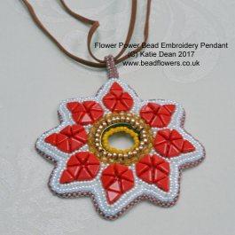 Flower Power Bead Pendant Pattern, Katie Dean, Beadflowers