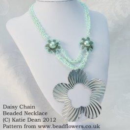 Daisy Chain Beaded Necklace Pattern, Katie Dean, Beadflowers