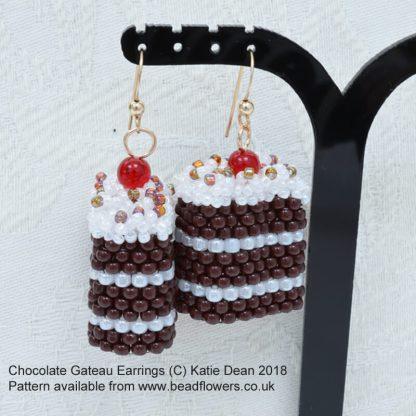 Beaded Chocolate Gateau earrings pattern, Katie Dean, Beadflowers, Katie's Marvellous Diet