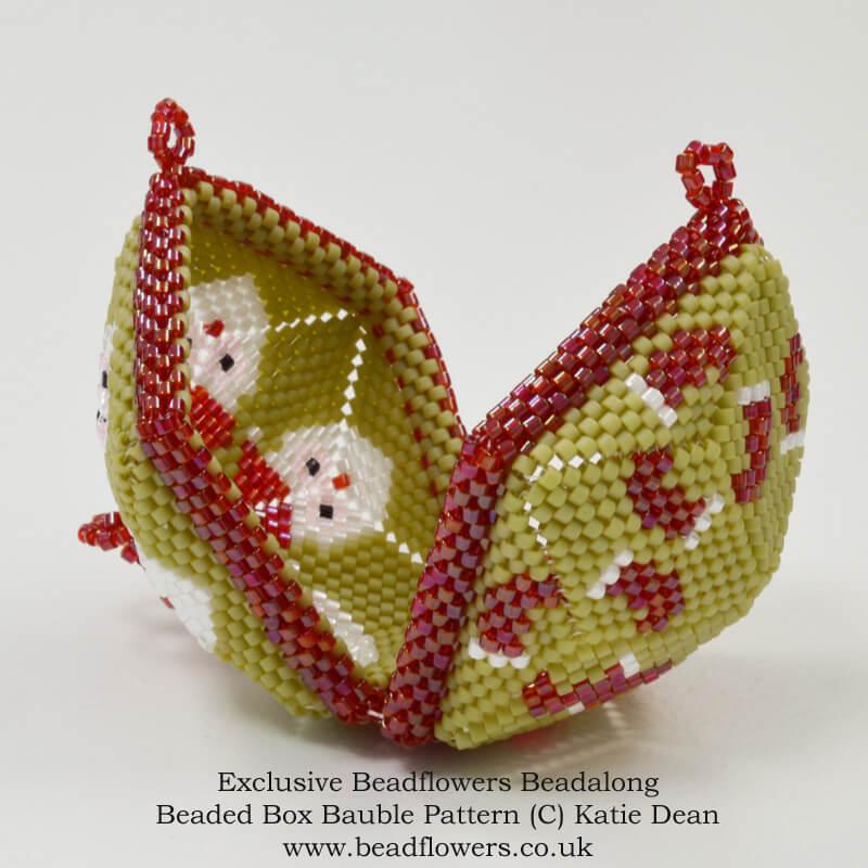 Christmas ornaments beadalong, Beaded box baubles, Katie Dean, Beadflowers