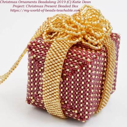 Christmas ornaments beadalong 2019, Katie Dean, Beadflowers