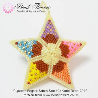 Cupcake Peyote star pattern, Katie Dean, Beadflowers
