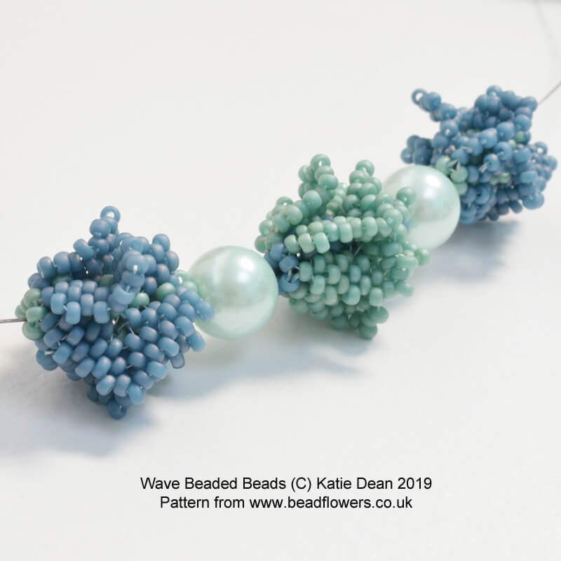 Wave Beaded Bead Pattern, Katie Dean, Beadflowers