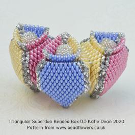 Triangular Superduo Beaded Box Pattern, Katie Dean, Beadflowers