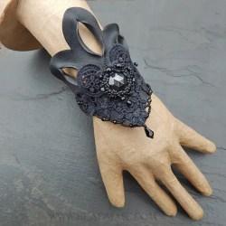 black-leather-lace-beaded-cuff